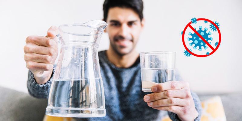 Agua para combatir el coronavirus Covid-19